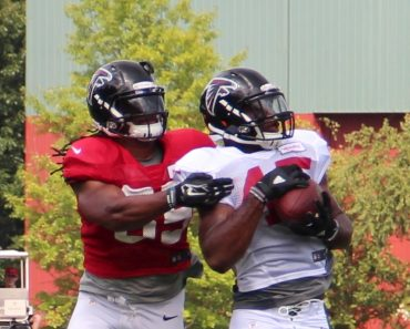 Deion Jones intercepting a pass Atlanta Falcons training camp