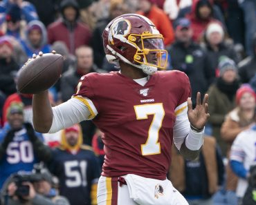 ORCHARD PARK, NY - NOVEMBER 03: Washington Redskins Quarterback Dwayne Haskins (7) throws the ball during the first half