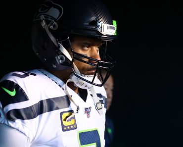 PHILADELPHIA, PA - JANUARY 05: Seattle Seahawks Quarterback Russell Wilson (3) enters the field before the NFL, America