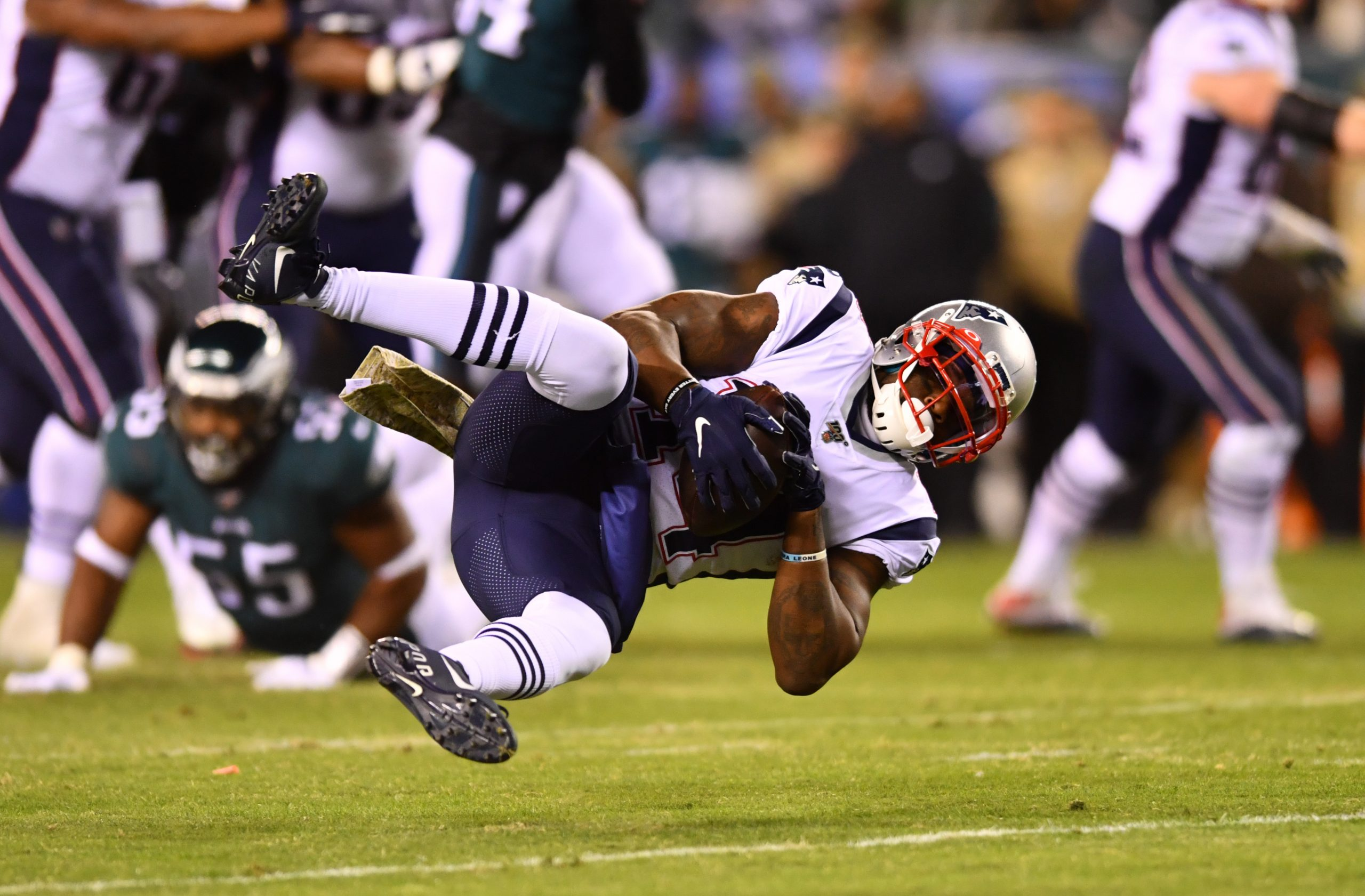 PHILADELPHIA, PA - NOVEMBER 17: New England Patriots Wide Receiver Mohamed Sanu (14) makes a reception in the first half