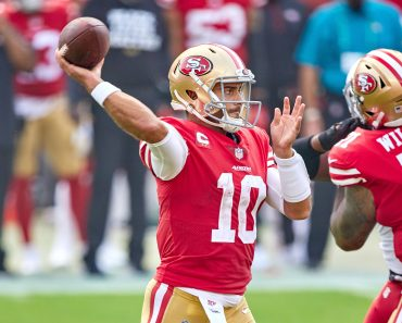 SAN FRANCISCO, CA - SEPTEMBER 13: San Francisco 49ers quarterback Jimmy Garoppolo (10) throws the football during the NF