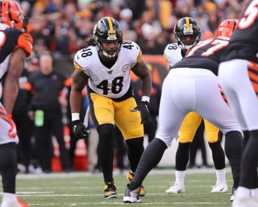 CINCINNATI, OH - NOVEMBER 24: Pittsburgh Steelers outside linebacker Bud Dupree (48) in action during the game against t