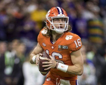 January 13, 2020: Clemson quarterback Trevor Lawrence (16) passes the ball during College Football Playoff National Cham