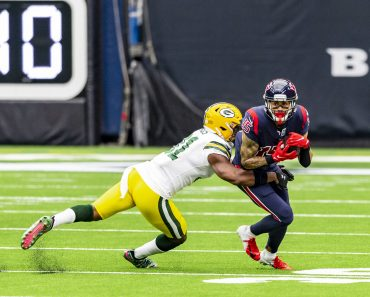 October 25, 2020 : Green Bay Packers strong safety Adrian Amos (31) tackles Houston Texans wide receiver will fuller