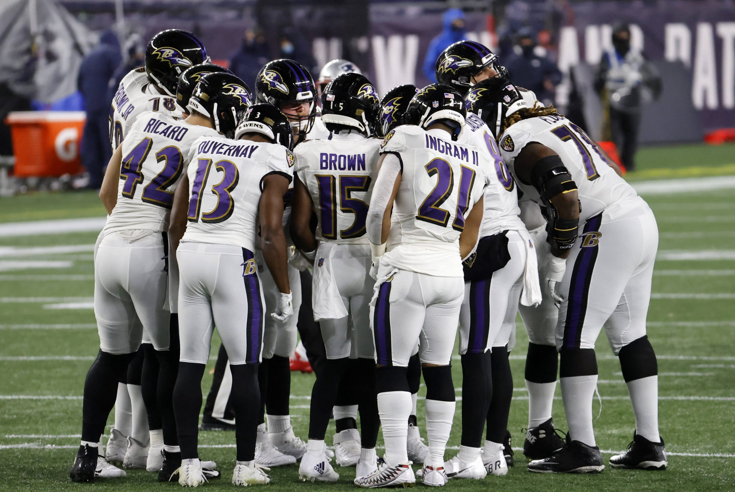 FOXBOROUGH, MA - NOVEMBER 15: The Ravens huddle up during a game between the New England Patriots and the Baltimore Rave
