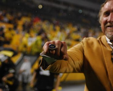 October 2nd 2016 Kevin Greene Hall of Fame ceremony during the Kansas City Chiefs vs Pittsburgh St