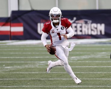 FOXBOROUGH, MA - NOVEMBER 29: Arizona Cardinals quarterback Kyler Murray (1) scrambles during a game between the New Eng