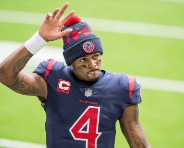 December 27, 2020: Houston Texans quarterback Deshaun Watson (4) leaves the field after an NFL, American Football Herren