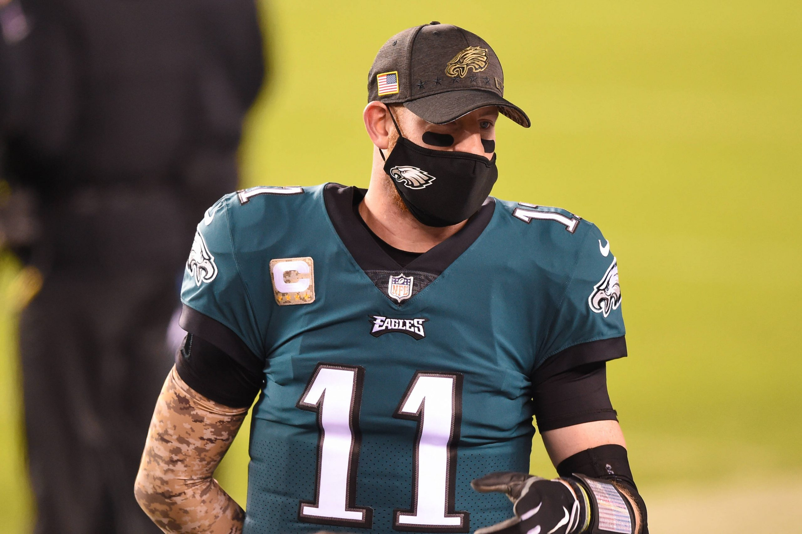 NOV 01, 2020 : Philadelphia Eagles quarterback Carson Wentz (11) on the sidelines in a mask during the NFC matchup betwe