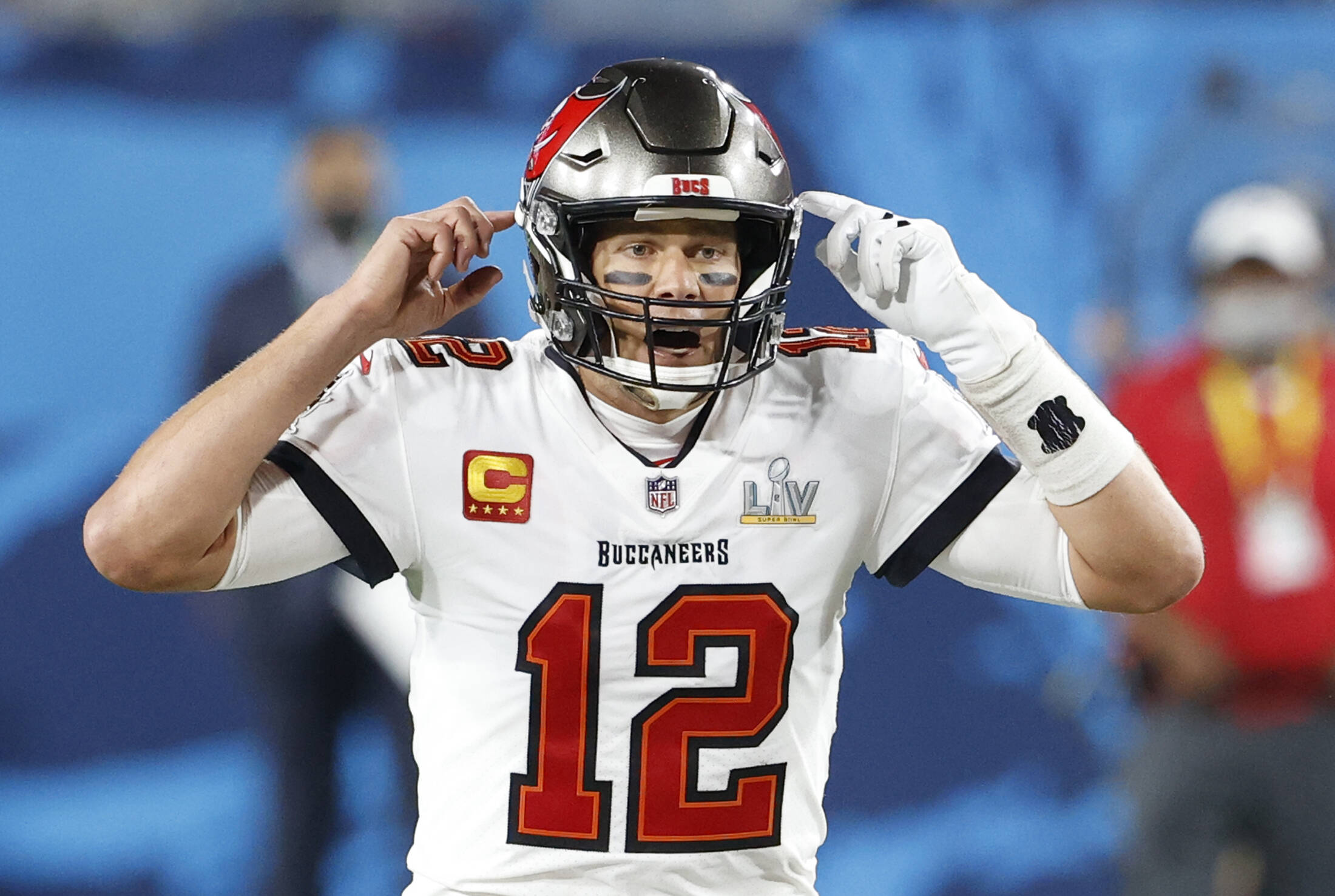 Tampa Bay Buccaneers quarterback Tom Brady (12) calls an audible during the third quarter of Super Bowl LV against the K
