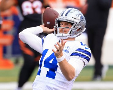 CINCINNATI, OH - DECEMBER 13: Dallas Cowboys quarterback Andy Dalton (14) warms up before the game against the Dallas Co