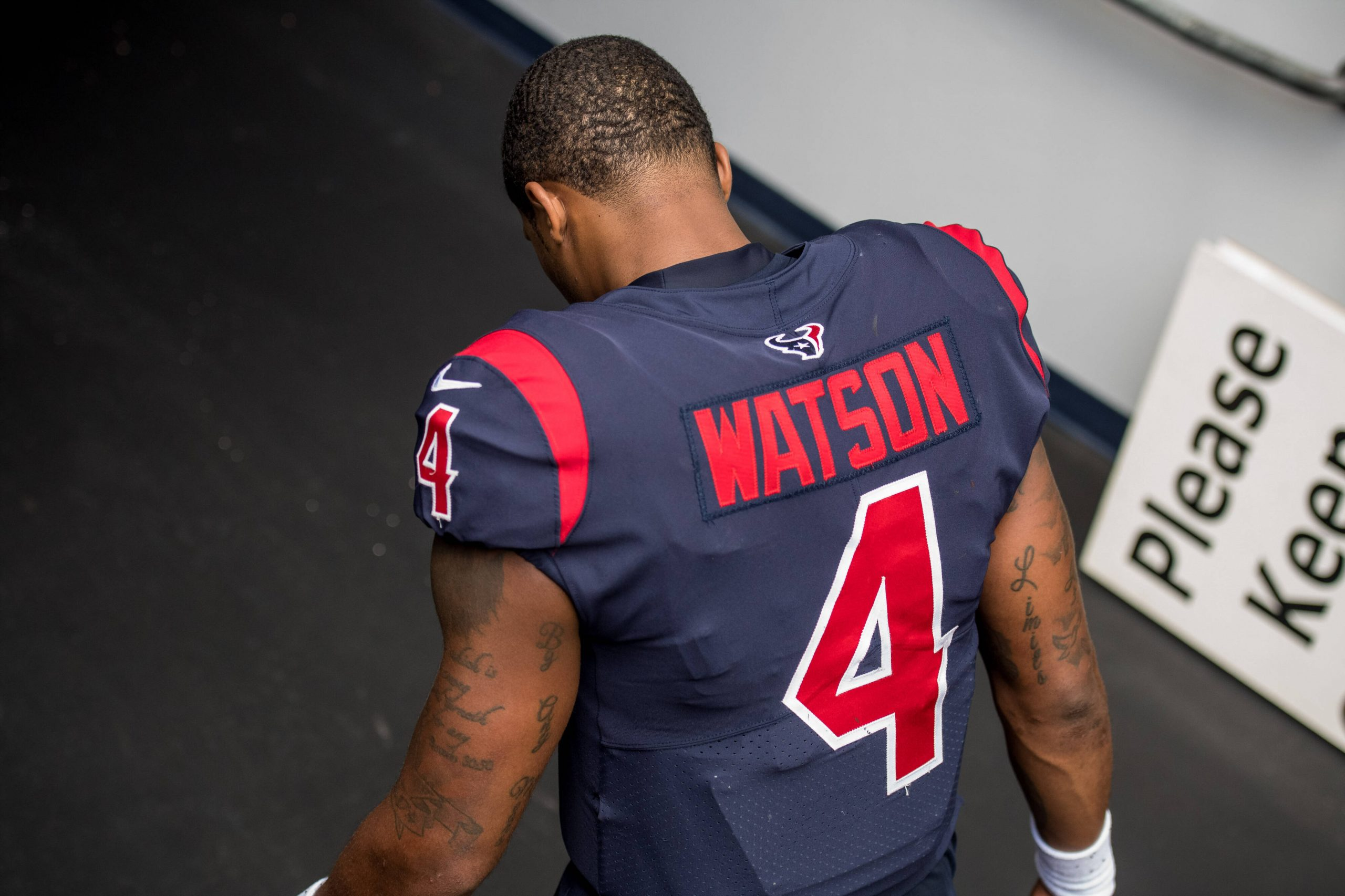 Watson Trade: Houston Texans quarterback Deshaun Watson (4) enters the tunnel after an NFL, American Football Herr