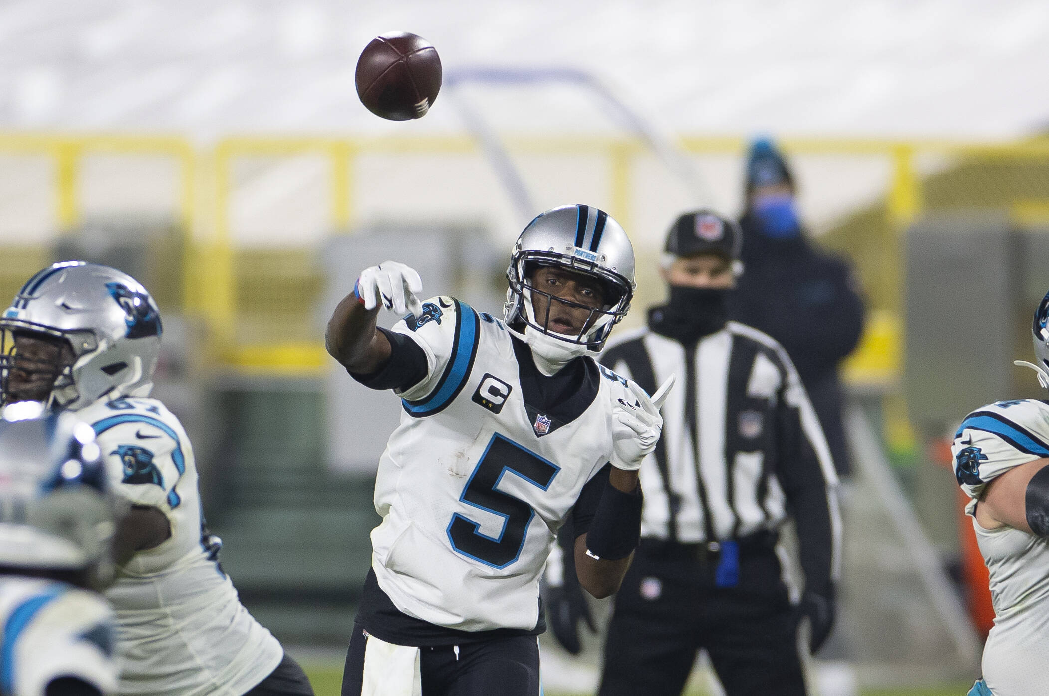 December 19, 2020: Carolina Panthers quarterback Teddy Bridgewater 5 throws a pass during the NFL, American Football Her