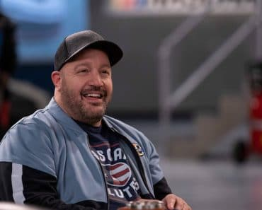 Kevin James, The Crew (2021) Credit: Eric Liebowitz / Netflix / The Hollywood Archive Los Angeles CA PUBLICATIONxINxGERx