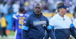 LOS ANGELES, CA - DECEMBER 15: Los Angeles Chargers head coach Anthony Lynn walks off the field during the Minnesota Vik