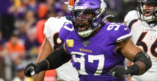 MINNEAPOLIS, MN - NOVEMBER 17: Minnesota Vikings Defensive End Everson Griffen (97) celebrates his sack of Denver Bronc