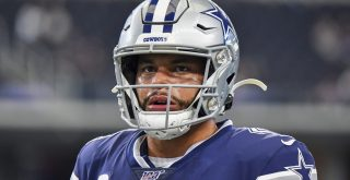 Dec 15, 2019: Dallas Cowboys quarterback Dak Prescott 4 during an NFL, American Football Herren, USA game between the Lo